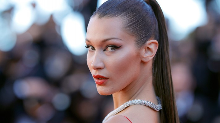 bella-hadid-plastic-surgery-accusations