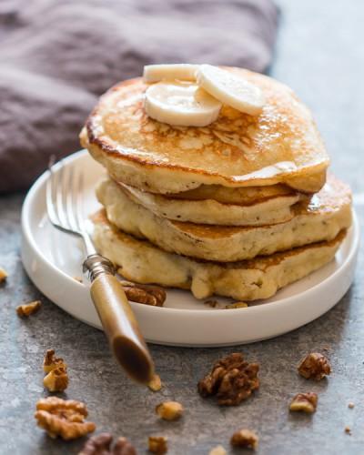 easy-banana-pancakes-2